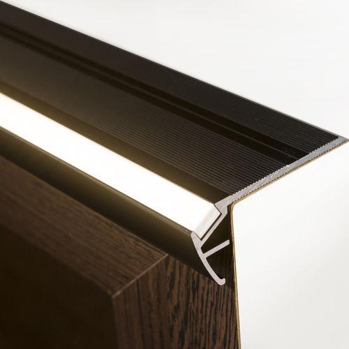 mamperlán de aluminio anodizado / con perfil de iluminación LED