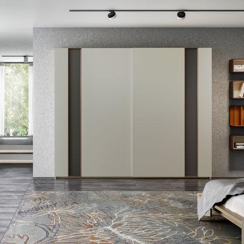 armario moderno / de madera lacada / de roble / con puertas corredizas