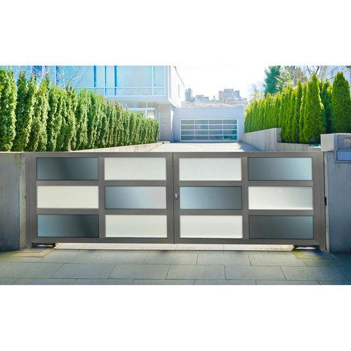 portón abatible / corredero / de aluminio anodizado / de material compuesto
