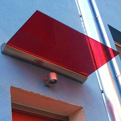 marquesina de entrada / de vidrio / de aluminio / para el sector servicios