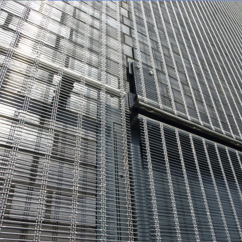revestimiento de fachada de rejilla / de acero inoxidable / texturado / translúcido