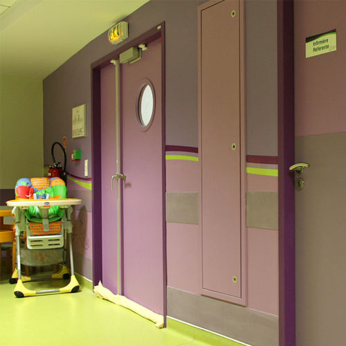 puerta de interior / abatible / de madera / acústica
