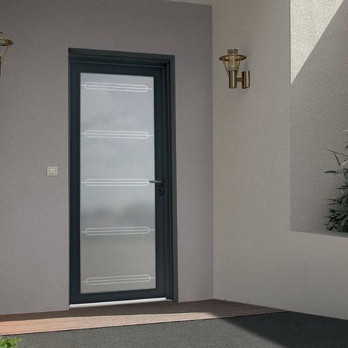 puerta de entrada / abatible / de PVC / acristalada