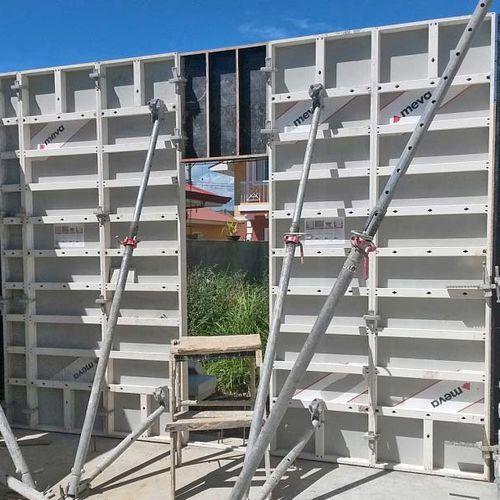 encofrado modular / de polipropileno / de aluminio / para muro