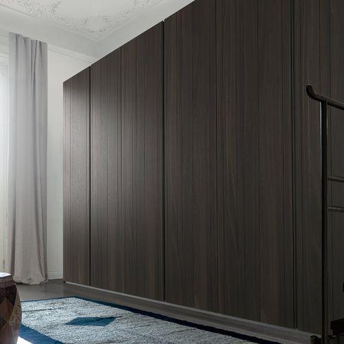 armario moderno / de roble / de aluminio lacado / de aluminio pintado