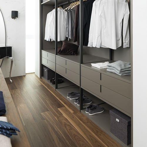Parquet multicapa / flotante / de nogal / satinado TORTONA 1L WALNUT L'ANTIC  COLONIAL by Porcelanosa