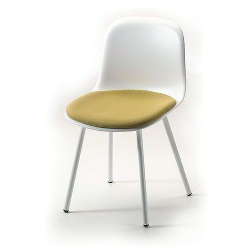 silla de restaurante de diseño escandinavo / bistró / de acero pintado / de polipropileno