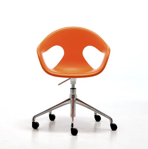 silla de visita moderna / con reposabrazos / con ruedas / con patas en forma de estrella