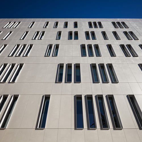 revestimiento de fachada de piedra natural / liso / de panel