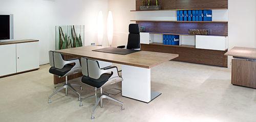 Escritorio para open space / de director / de aluminio / de vidrio P2_GROUP by Christian Horner Bene GmbH