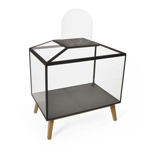 vitrina de diseño original / con pies / de roble / de vidrio