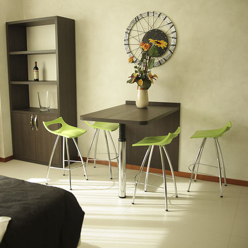 mesa alta moderna / de madera / de metal / rectangular
