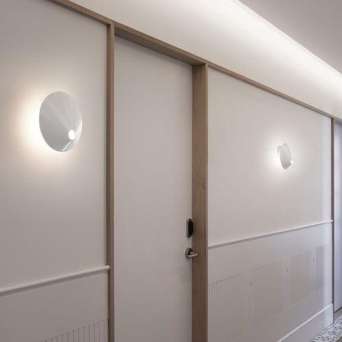 aplique moderno / de aluminio / de policarbonato / LED