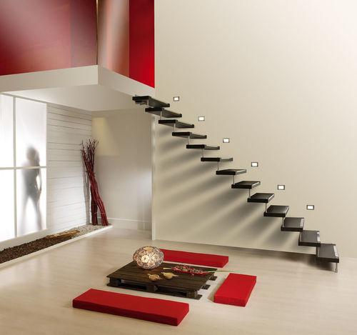escalera recta - CAST SCALE