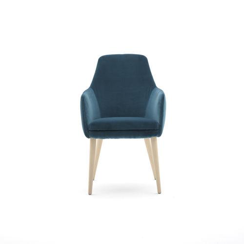 sillón moderno / de madera maciza / de cuero artificial / tapizado