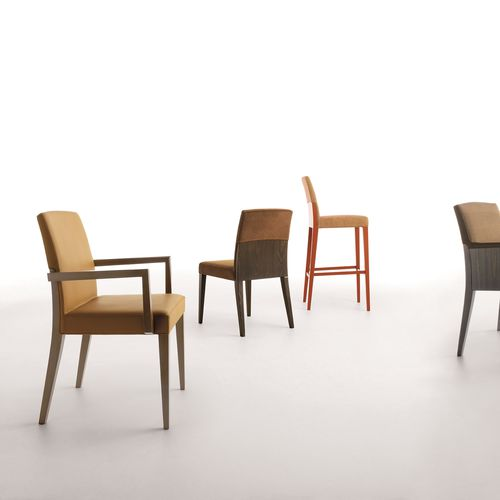 silla moderna / tapizada / de tejido / de madera maciza