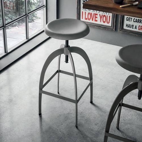 Taburete de bar moderno / de metal pintado / con reposapiés / ajustable RIGA Target Point New