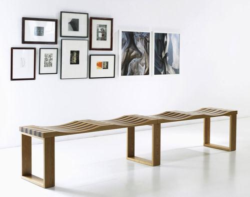 banco moderno / de madera / modular / para museo