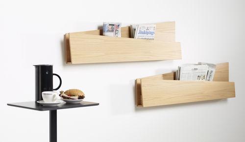 expositor de pared / para folletos / de roble / para uso residencial