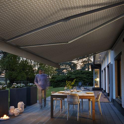 tela para protección solar / con motivos / de fibra acrílica / impermeable