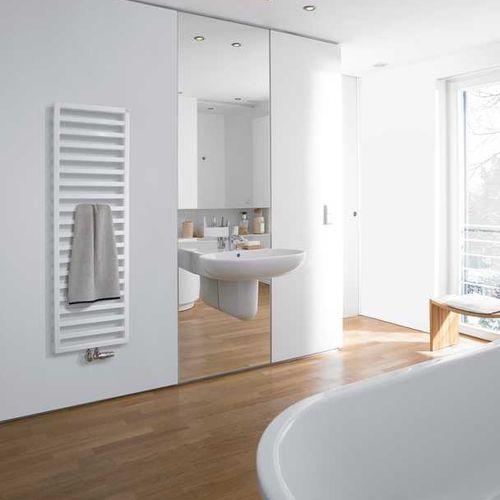 radiador toallero de agua caliente / eléctrico / de acero inoxidable / moderno