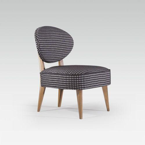 sillón bajo moderno / de tejido / de haya / para el sector servicios