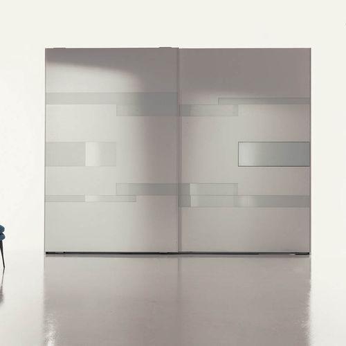 armario moderno / de roble / de madera lacada brillante / de vidrio