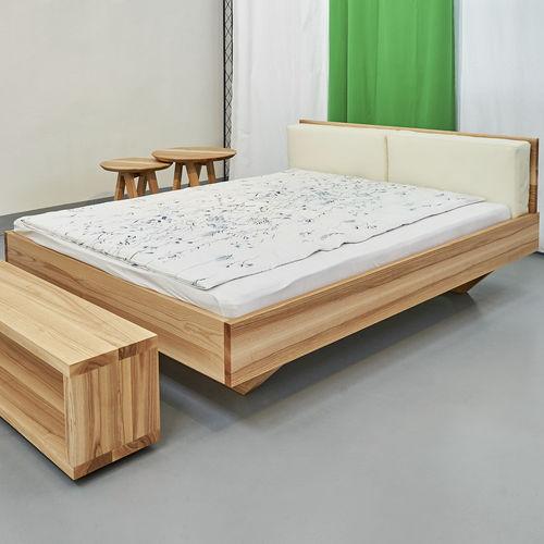 cama de matrimonio / de diseño / con cabecero / a medida