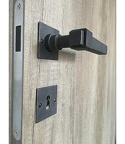 manilla para puerta / de hierro / clásica