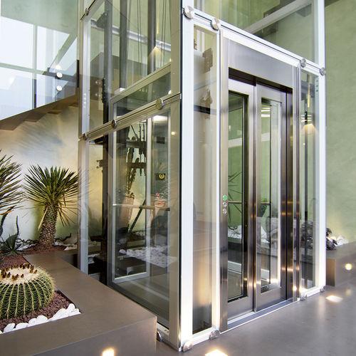 ascensor hidráulico / para el sector servicios / doméstico / para edificios de gran altura