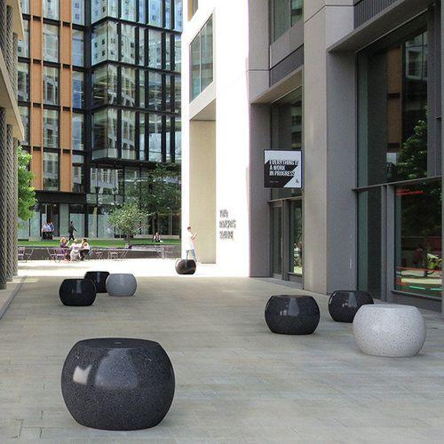 Taburete moderno / de piedra reconstituida / de mármol / para espacio público APOLLO BELLITALIA