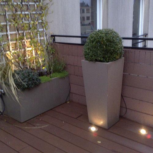 Jardinera de fibrocemento / cuadrada / moderna / para espacio público ICC / IPM / ICH ATELIER SO GREEN