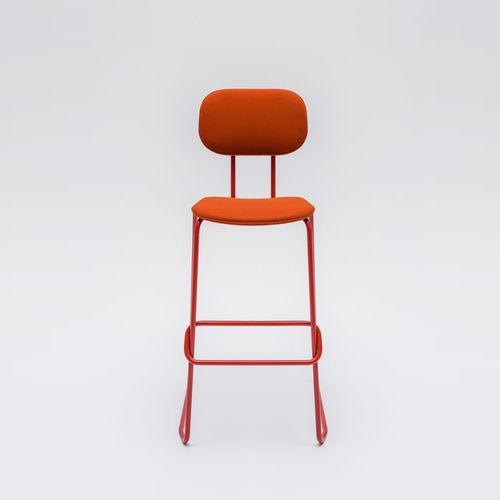 silla de bar moderna / con reposapiés / giratoria / patín