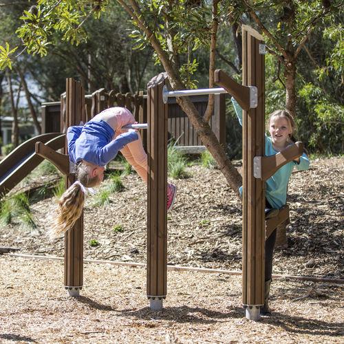 barra de tracción de madera / para parque infantil / doble