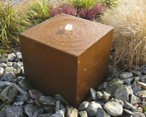 Fuente de jardín / moderna CORTEN-QUADER Slink - Ideen mit Wasser