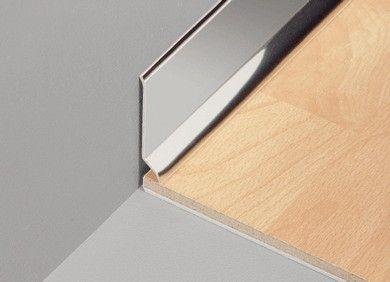 zócalo de aluminio