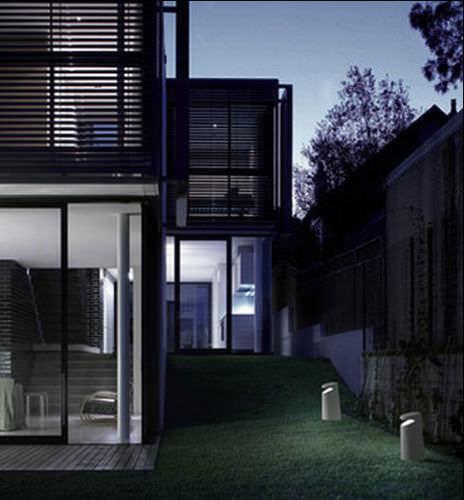 bolardo de iluminación de jardín / moderno / de vidrio / DurCoral®