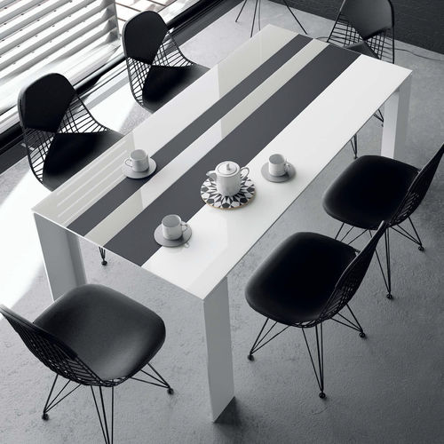 mesa moderna / de madera / de cerámica / de vidrio lacado
