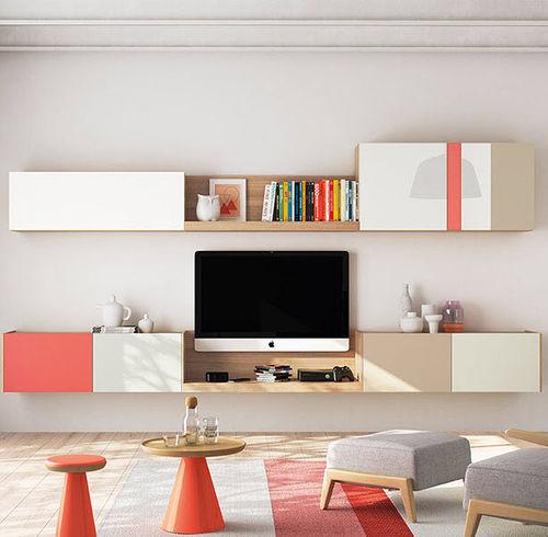 Mueble TV moderno / de madera lacada / de roble FRENTES : TV01 VIVE - MUEBLES VERGE S.L.