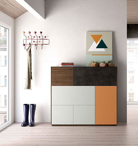 aparador alto / moderno / de madera lacada / de nogal