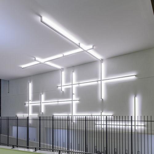 perfil de iluminación montado en superficie - Octavio Amado