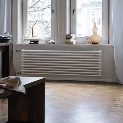 radiador de agua caliente / de metal / clásico / con células tubulares