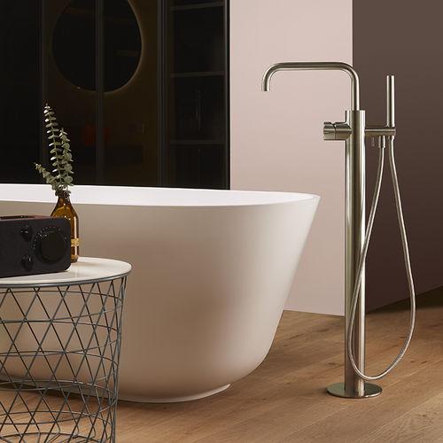 grifo monomando de bañera / para suelo / de acero inoxidable / de baño