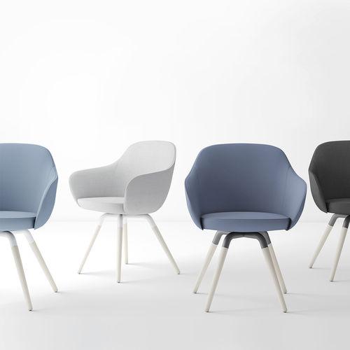 sillón de diseño escandinavo / de tejido / de madera / contract