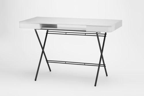 escritorio de MDF lacado / de metal dorado / moderno / con espacio de almacenamiento