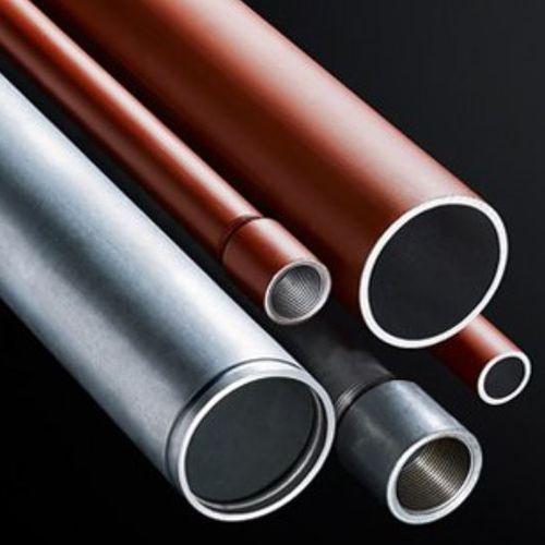 canalización de metal / perforada