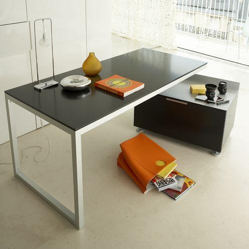 escritorio de roble / de madera lacada / de acero / moderno