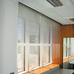 persiana veneciana / de aluminio / motorizado / para protección solar
