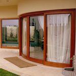 Ventanal levadizo corredero / de madera / de aluminio / con vidrio doble S.15 Panda Windows & Doors