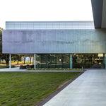 revestimiento de fachada de aluminio / perforado / de panel / decorativo
